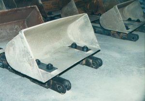 CICSA elevator chains for DIN applications with buckets